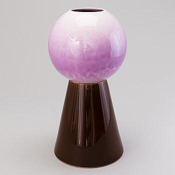 HEINI RIITAHUHTA, a porcelain vase signed Heini Riitahuhta 2004 Arabia.