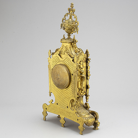 An early 20th century louis xvi style table clock