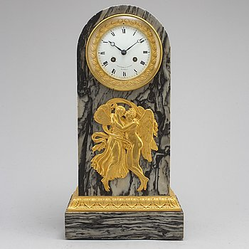 A French Empire early 19th century mantel clock, signed Feuchere & Fossey fab. t de Bronzes Hedouin Hr.