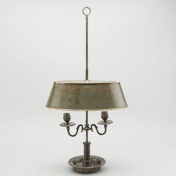 BOUILOTTE-LAMPA empirestil 1800-talets andra hälft.