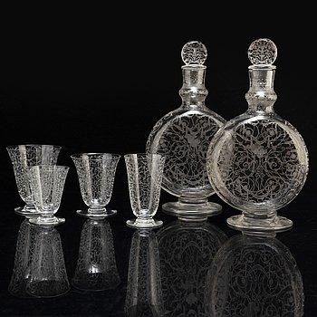 A part glass service, Baccarat, 20th century (69 pieces).