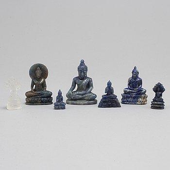 SKULPTURER, sju stycken, lapis lazuli samt bergskristall, Kina, modern tillverkning.