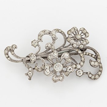 Silver and paste flower spray brooch.