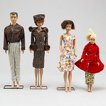 a set of three 1960's Barbiedolls with accessories, Mattel.