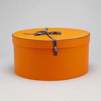 Hermès, hat, size 57. Original box.