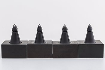 ZOLTAN POPOVITS, CHESS FIGUREs, sterling silver. Lapponia 1978-79.