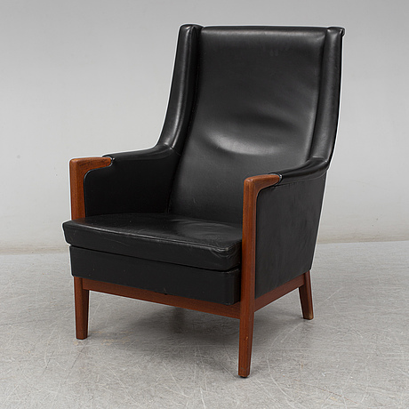 A mid 20th century easy chair.