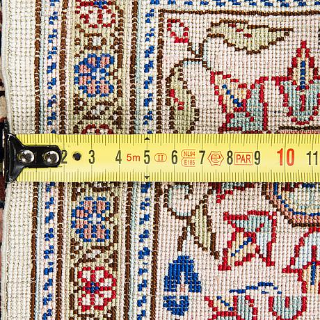 Matto, silkki, itämainen. noin 150x103 cm