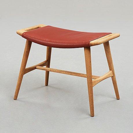 "Hans j wegner, taburett, ""ap-30"", ap-stolen, danmark, 1950-60-tal."