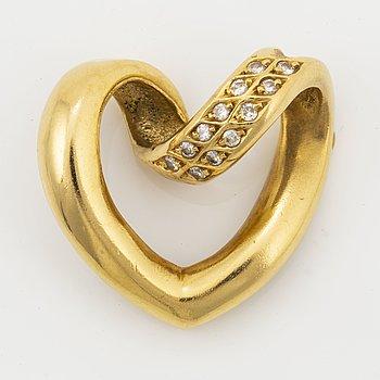 Heart shaped 18K gold and brilliant-cut diamond pendant.
