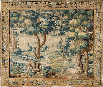 A TAPESTRY, tapestry weave, ca 278,5 x 325,5 cm, Flanders around 1700.