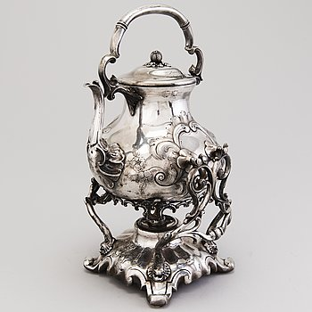 An English 19th Century silver plated kettle with heater, R. Broadhead & Co, Sheffield.
