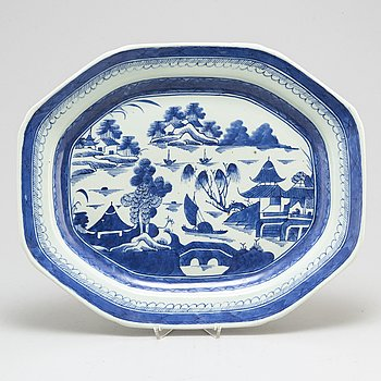 STEKFAT, kompaniporslin. Qingdynastin, Jiaqing (1796-1820).