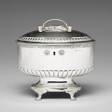 A swedish 19th century silver sugar-casket, mark of anders lundqvist, stockholm 1826.