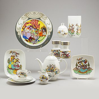 BJÖRN WIINBLAD, a part 'Studio-line' coffee porcelain service, from Rosenthal (33 pieces).