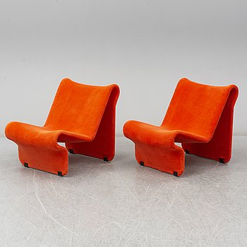 A pair of '099' easy chairs by Jan Dranger and Johan Huldt.