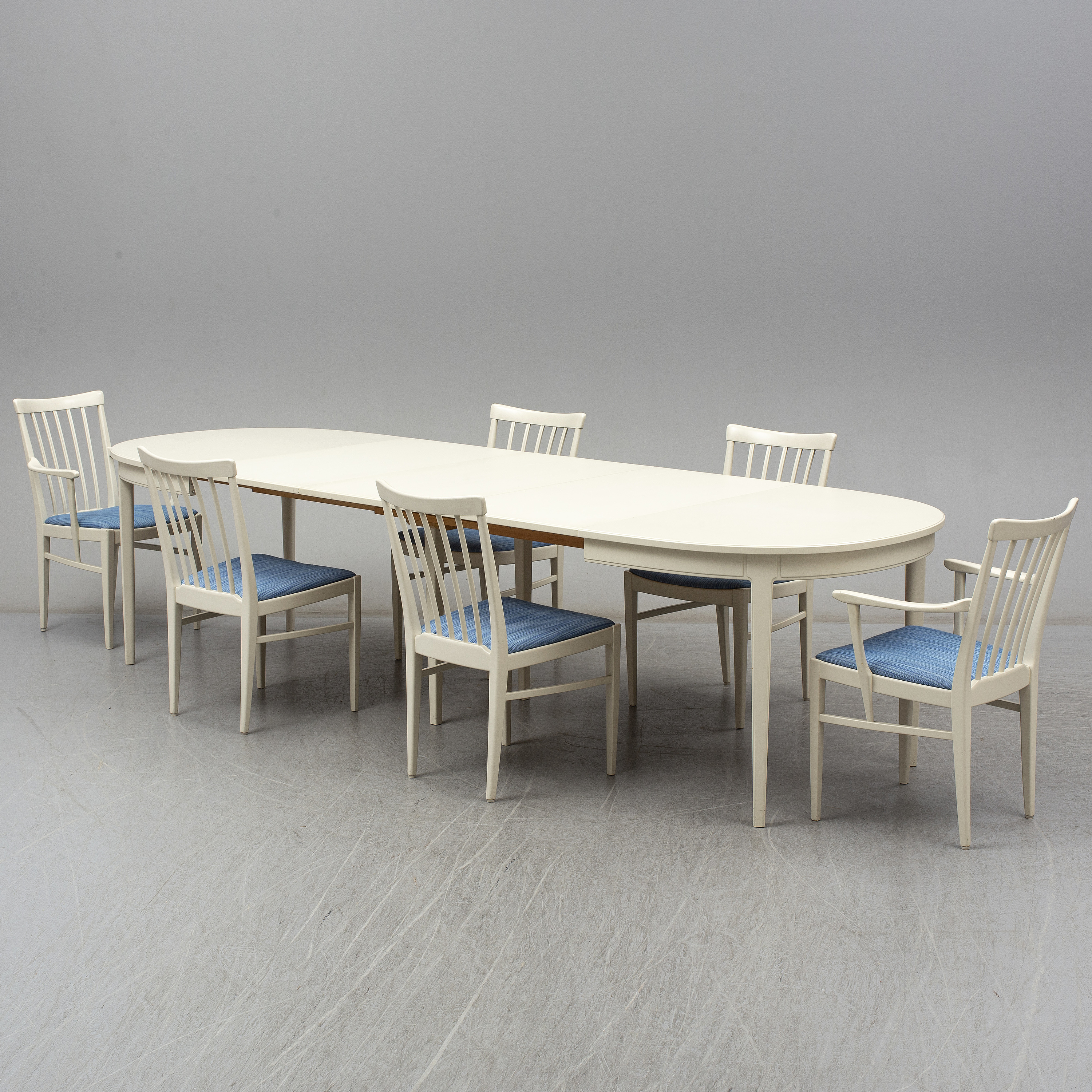 A Carl Malmsten Dining Table And Chairs In 7 Parts Bodafors 1960s 3 Leaves Included Bukowskis