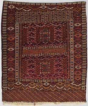 MATTA, Turkmenistan, antik.Ca 156x132 cm.