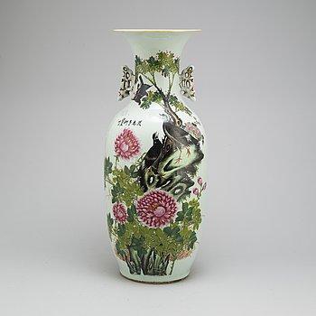 VAS, porslin, 1900-tal Kina,
