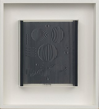 VICTOR VASARELY, serigraphe on plexi, signed.