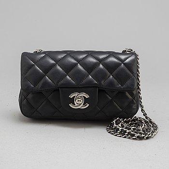 "CHANEL, väska, ""Extra mini flap bag"", 2012-13."