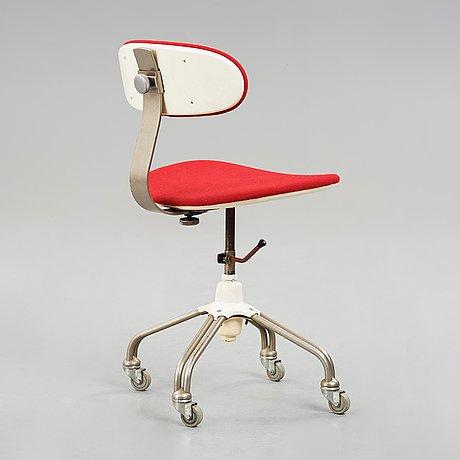 Hans j wegner, skrivbordsstol, plan møbler, danmark 1960-tal.