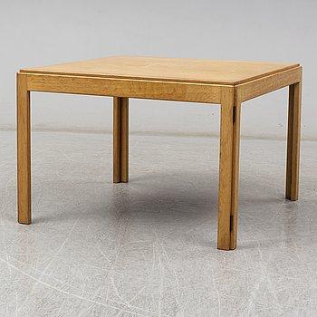 BØRGE MOGENSEN, sofa table, model 5385, Fredericia Stolefabrik, Denmark, second half of the 20th century.
