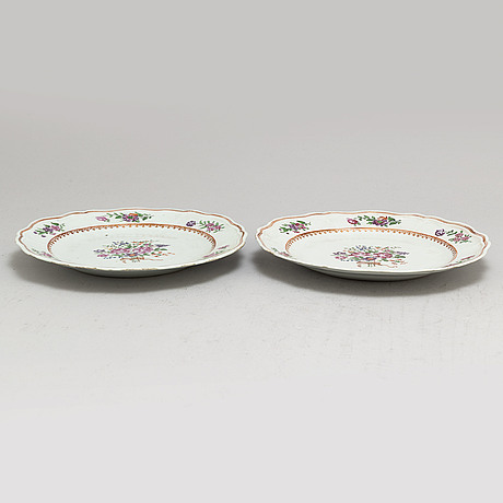 A pair of famille rose plates, qing dynasty, qianlong (1736 95)