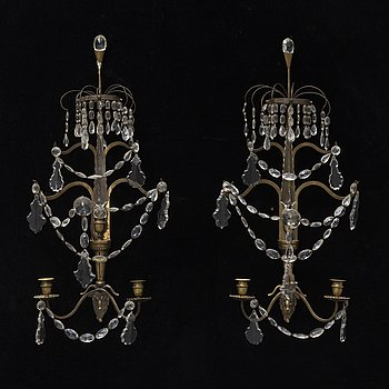 A pair of brass wall sconces, early 20th Century.