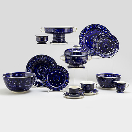 Ulla procopÉ, a part 'valencia' coffee and dinner service, from arabia, finland (85 pieces).