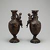 Vaser, ett par, francois moreau, frankrike, omkring år 1900