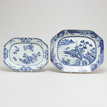 Two blue and white export serving dishes, Qing dynasty, Qianlong (1736-95).