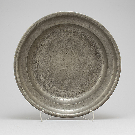A swedish pewter dish, second half of the 18th century