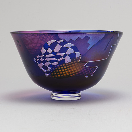 Bertil vallien, a glass bowl, for kosta boda, signed and numbered.