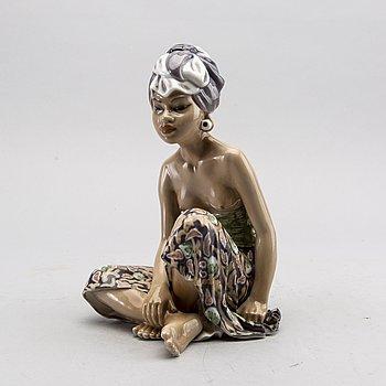 A Dahl Jensen porcelain danish figurine, no 1136.