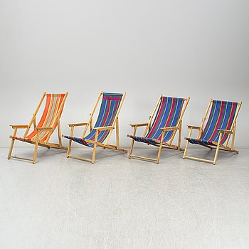 Four collapsible birch deck chairs, mid-late 20th Century.