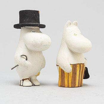 LARS JANSSON, two plaster moomin figures, 1970s.