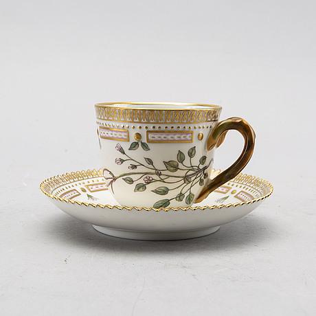 "Kaffekopp med fat ""flora danica"" royal copenhagen danmark porslin"