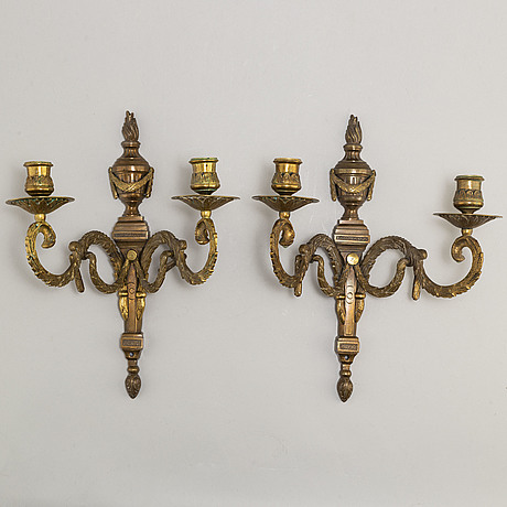 A pair of early 20th century gustavian style wall lights
