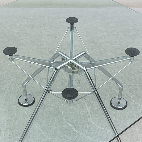 Norman foster, a 'nomos system' glass table