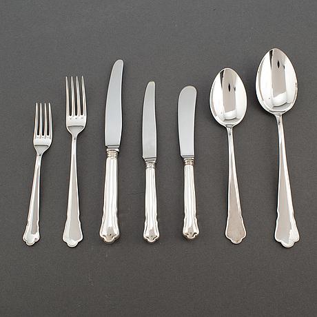 """Guldsmedsaktiebolaget (gab), bestickuppsättning, 64 delar, silver, """"chippendale"""". eskilstuna, 1980 90 tal, 2476 gram"""