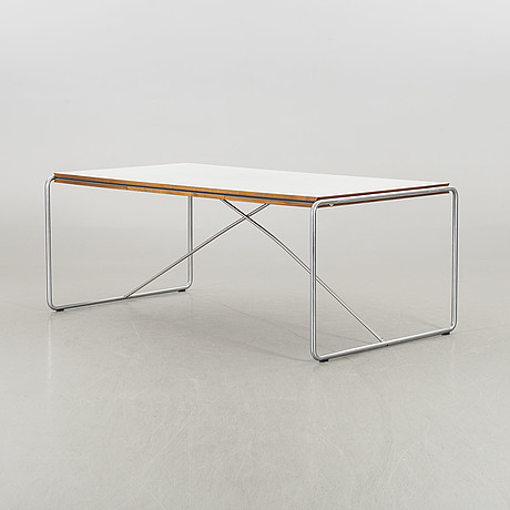 A niels haugesen dining table model nr 4750 fredericia furnitures denmark alter part of the 20th century.