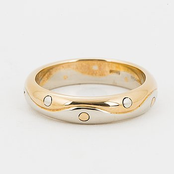 Bulgari 18K gold ring.