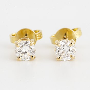 Brilliant-cut diamond stud earrings 0,68 ct, with IGI report.