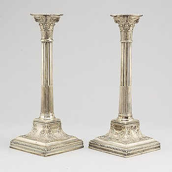 A pair of English silver plate candlesticks, probably first half of the 20th century.