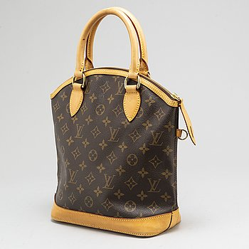 LOUIS VUITTON, Monogram 'Lockit Vertical' handbag.