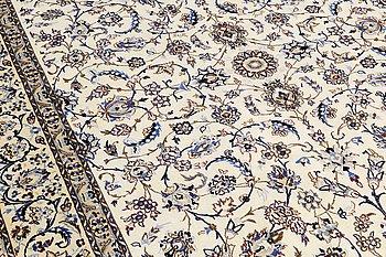 CARPET, Nain part silk, ca 354 x 253 cm.