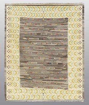 CARPET, flat weave,  ca 216 x 179 cm.