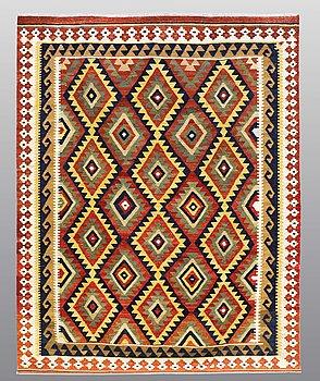 CARPET, Kilim, ca 246 x 195 cm.