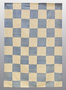 MATTA, slätväv, ca 236 x 167 cm.